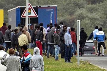 """Sur la gestion RPS des """"migrants"""" de Calais"""